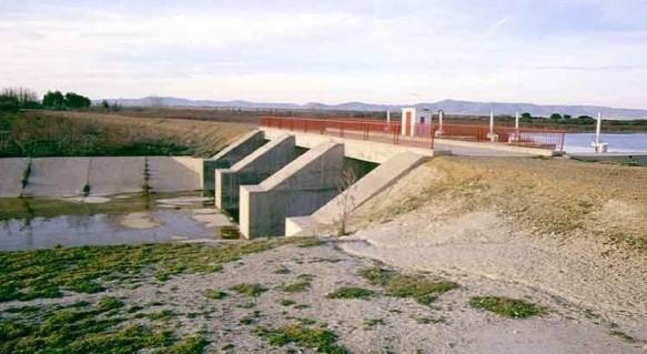 Puente Navarro Fuente www.iagua.es01604f1.jpg