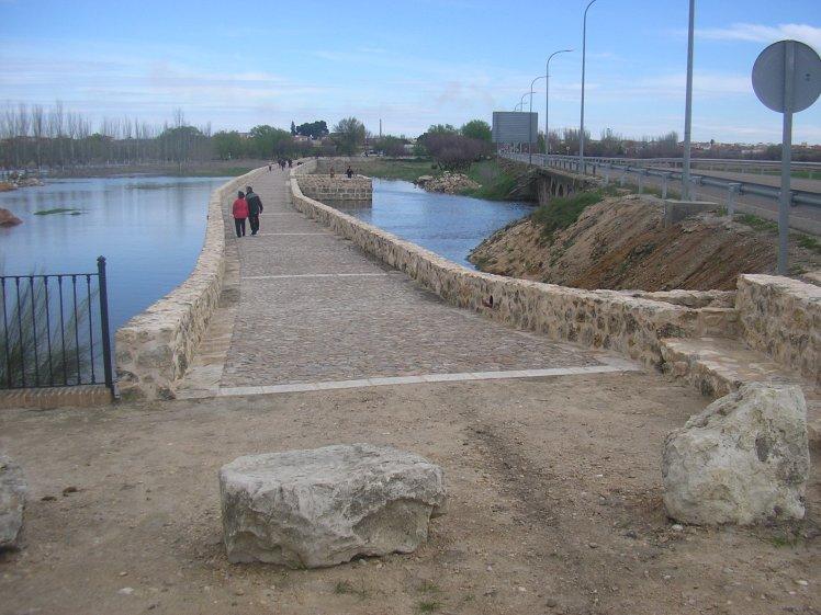 croquis puente 4 sept 2012 230.jpg