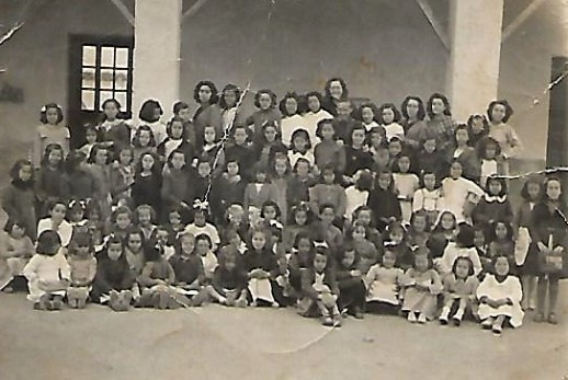 escuelas de chicas Scan.jpg